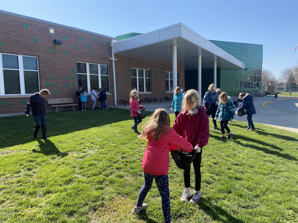 Second Graders Celebrate Earth Day