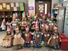 First Grade Celebrates Thanksgiving with a Feast