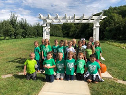 First Grade Visits Small's Fruit Farm