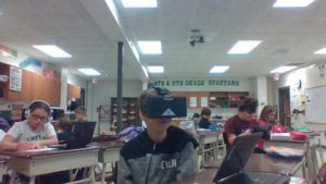 Miss Mau's Students Exploring VR Technology